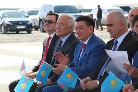 В Актау заложили фундамент «Центра по производству и логистике Азерсун»