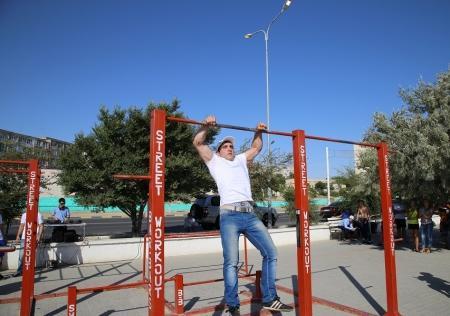 В Актау прошел открытый чемпионат по street workout