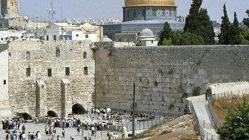 Группа туристов, в том числе из Казахстана, не может вылететь из Израиля из-за боевых действий