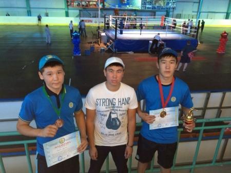 «Золото» и «бронзу» завоевали мангистауские боксеры на республиканском турнире в Костанае