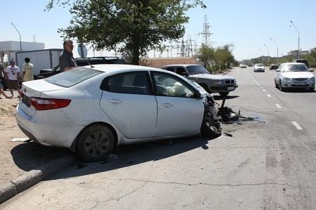 В Актау столкнулись два автомобиля