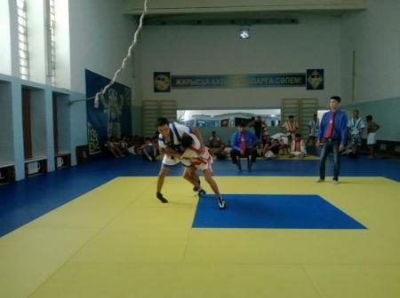 В Актау прошли соревнования по казахша курес в рамках II сельских юношеских игр