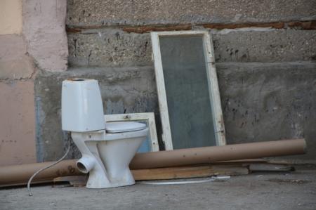Коммунальные службы Актау. Кто вывозит строительный мусор
