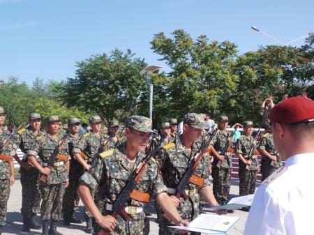 В Актау солдаты воинской части 6656 приняли присягу