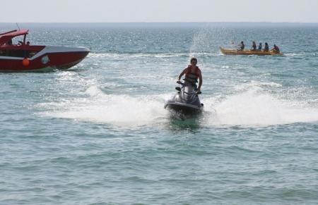 Актауские яхтсмены пожаловались на водителей гидроциклов