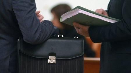 Не более 5 процентов госслужащих склонны к коррупции - Мурат Абенов
