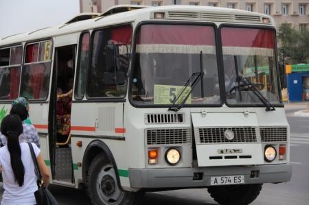 Жетибай Кубашев: В Актау автобусы будут курсировать до 22 часов