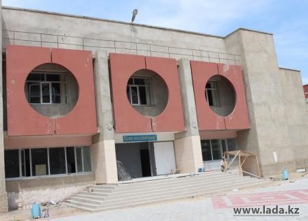 В школах и детских садах Актау ремонтные работы должны завершиться до середины августа