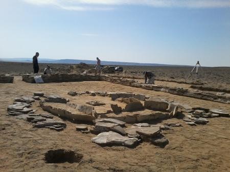 Житель Актау натолкнул археологов на открытие уникального для Евразии святилища
