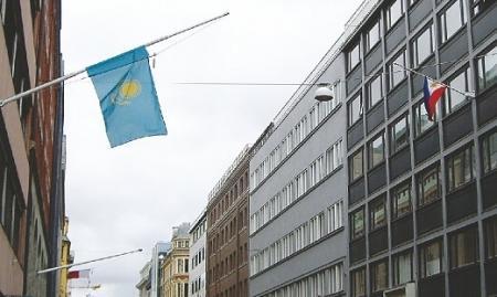 СМИ: Консул Казахстана в Норвегии был обвинен в краже алкоголя и сбежал из страны