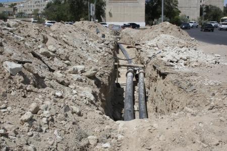 В Актау оштрафуют отстающих от графика по замене инженерных сетей подрядчиков