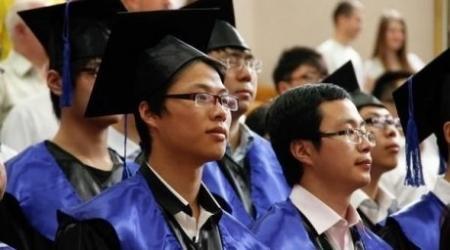 Более 45 тысяч казахстанских студентов обучаются за рубежом