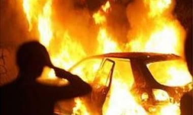 В Бейнеу мужчина сжег автомобиль односельчанки