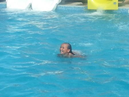 Аким Мангистауской области посетил открытие аквапарка