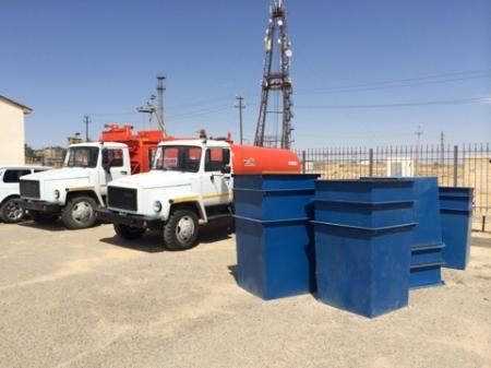 Селу Мунайшы Каракиянского района подарили мусоровозы