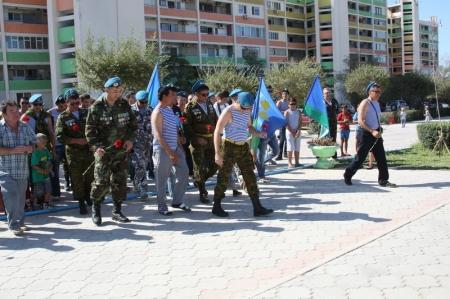В Актау ветераны воздушно-десантных войск отмечают День ВДВ