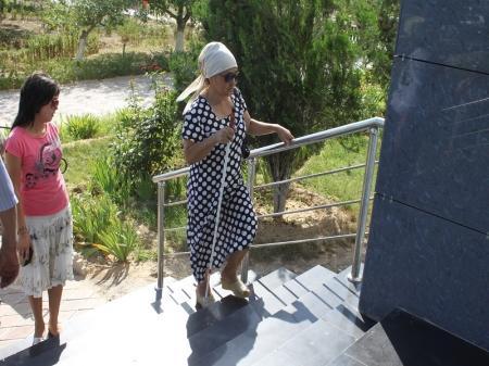 В Мангистау не выполняется программа по установке пандусов для инвалидов