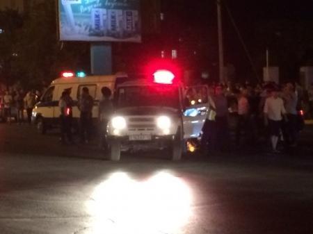 В Актау столкнулись «Тойота Камри» и полицейский автомобиль