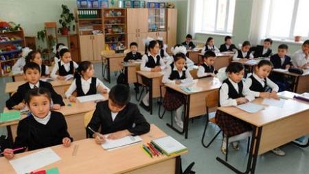 В МОН РК рассказали о тонкостях введения 12-летнего образования в школах