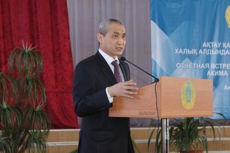 Аким Актау рассказал о новых парковках, пешеходных переходах и расширении дорог