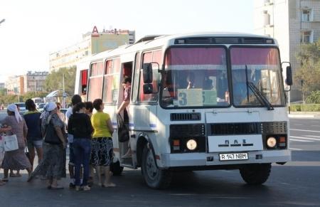 В Актау водители пассажирского транспорта могут не выйти на работу из-за проблем с топливом