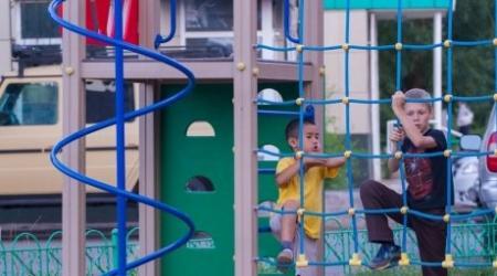 Продолжительные летние каникулы раскритиковали на совещании в Астане