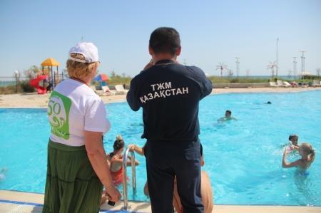 В Актау прошли соревнования «Моя мамочка и я – спортивная семья»