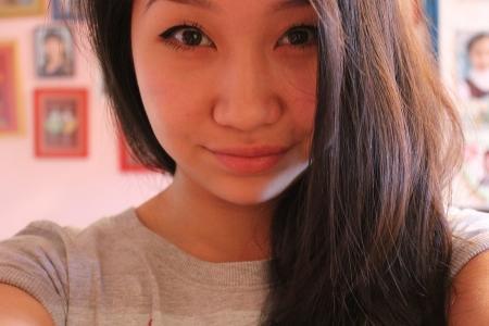 Полиция Актау и родственники разыскивают 18-летнюю Амину Набиханову