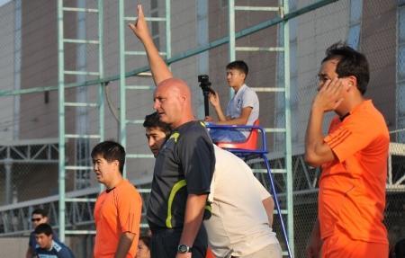 В Актау завершился футбольный турнир среди нефтяников