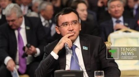 Маулен Ашимбаев прокомментировал высказывание Путина о казахстанской государственности