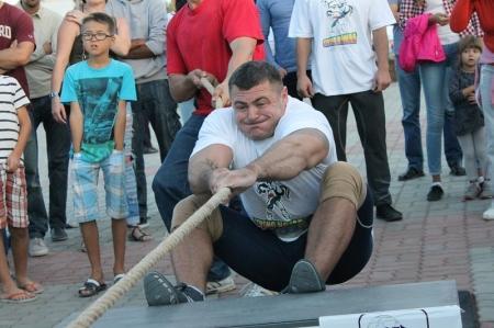 В Актау стартовал открытый чемпионат Казахстана по силовому экстриму