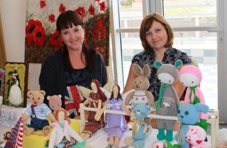 Актауские рукодельницы представили свою продукцию на выставке «Мангистауский сувенир»