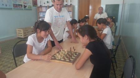 В Мунайлинском районе прошли соревнования по шахматам среди школьников