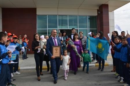 В Актау вернулась семья Кулушевых - финалистов республиканского конкурса «Мерейлi отбасы»