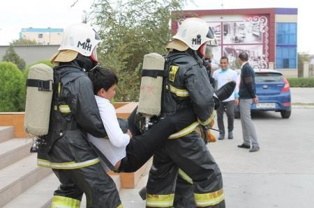 В гостинице «Нурплаза» в Актау прошли пожарно-тактические учения