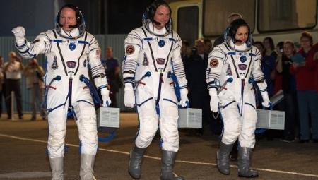 """""""Союз"""" с женщиной-космонавтом на борту стартовал с """"Байконура"""""""