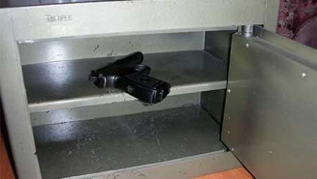 Владельцам травматического оружия наравне со всеми рекомендуется установить сигнализацию