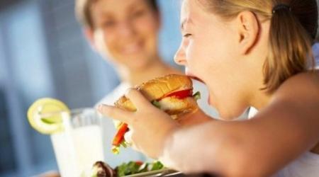 Проблемой детского ожирения озадачились в Казахстане