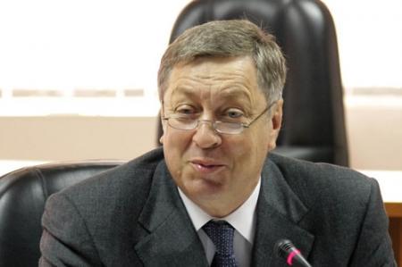 Владимиру Школьнику нужен совет по сдерживанию цен на ГСМ