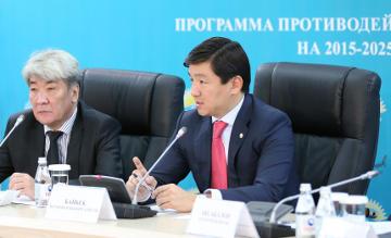 Партия «Нур Отан» призывает казахстанцев не бояться говорить о коррупции