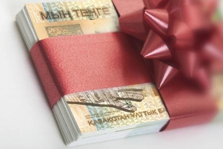 Закон позволяет собирать деньги с родителей