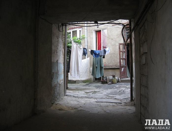 Ольга Ярославская привезла в Актау грузинский сувенир