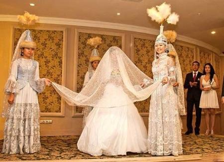 Какой калым за невесту дают в областях Казахстана