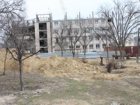 Нурлан Муханов: В Актау возобновится строительство онкоцентра