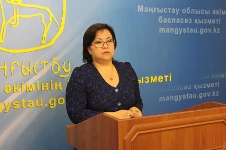 Шолпан Ильмуханбетова: С 2015 года планируется обеспечить бесплатным питанием всех учеников 2, 3 и 4 классов