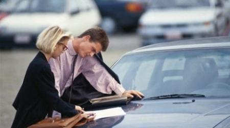 Отмена доверенности на управление авто в Казахстане сократит число поддельных полисов