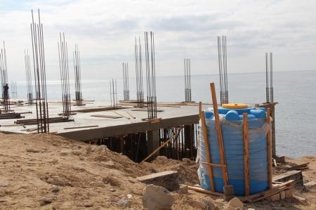 Акимат Актау  подал в суд на хозяев земельного участка на Розовых скалах