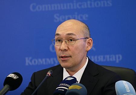 Келимбетов ответил на вопрос о своей отставке в случае девальвации