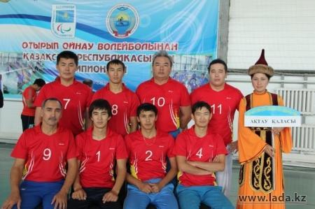 Актауские спортсмены стали серебряными призерами чемпионата Казахстана по волейболу сидя