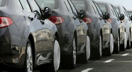 Служебные авто дороже 40 тысяч долларов покупают судоисполнители и госэксперты
